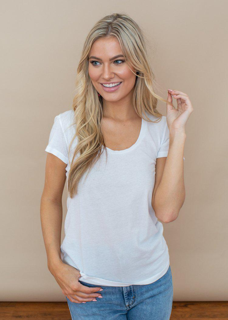 Bobi Basic White Scoop Neck Tee-Hand In Pocket
