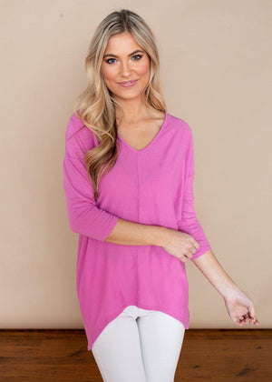 Bobi 3/4 Sleeve Hi/Lo Bouquet V-Neck Top-Hand In Pocket