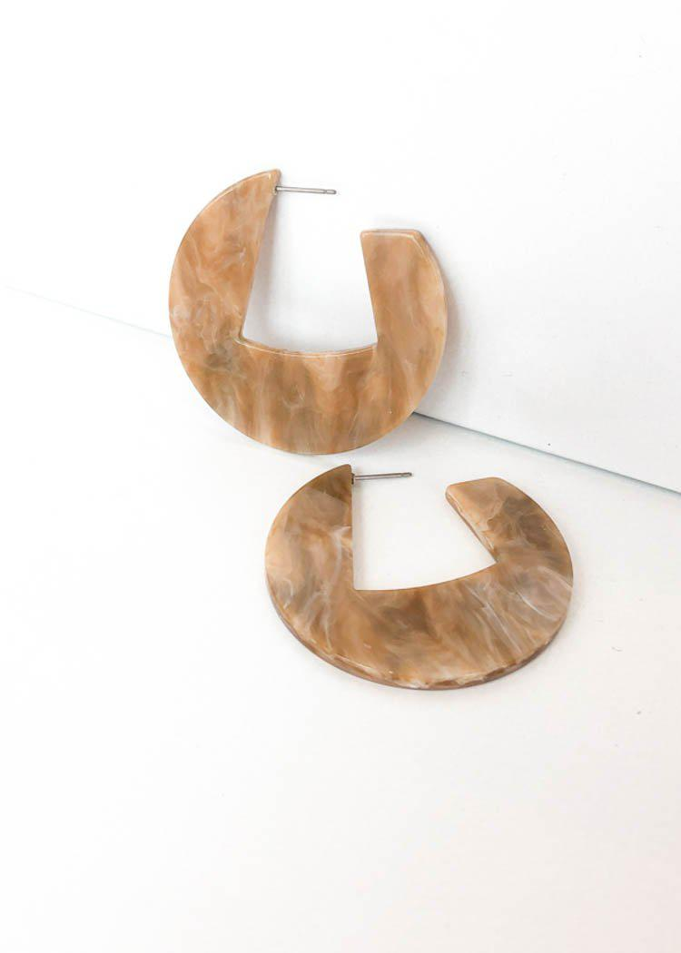 Merida Modern Marble Acrylic Hoops - Beige-Hand In Pocket