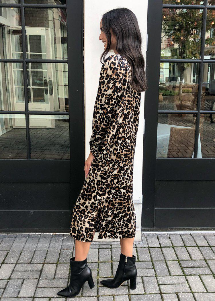 "Karlie ""Abella"" Leopard Puff Sleeve V Neck Midi-Hand In Pocket"