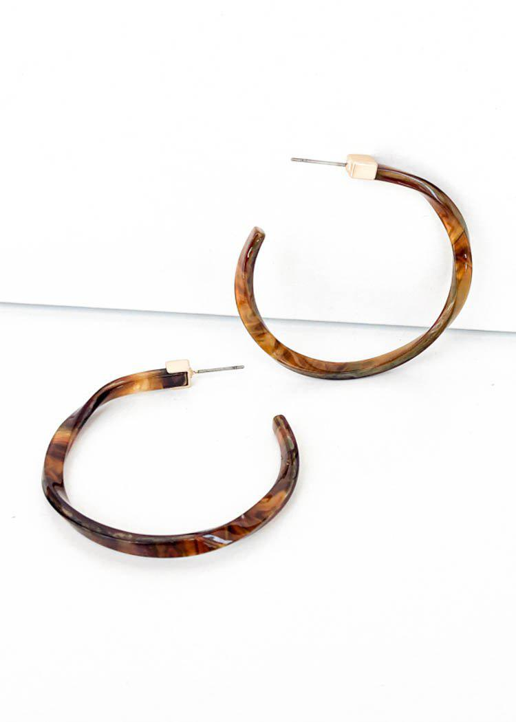 Apalone Tortoise Twisted Hoop-Hand In Pocket