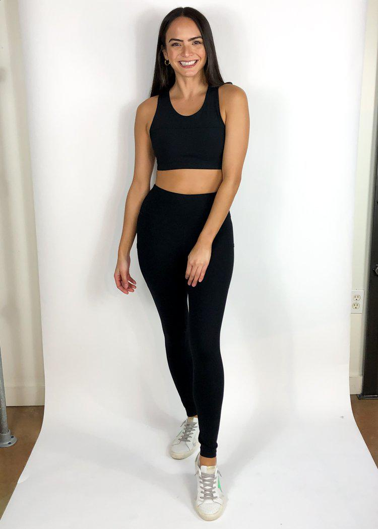 Energize Mesh Side Pocket 7/8 Legging-Black-Hand In Pocket