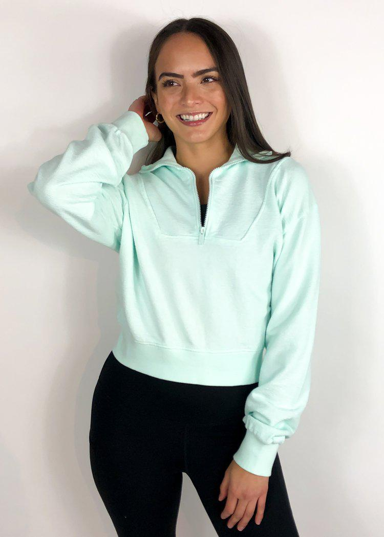 Renew 3/4 Zip Pullover-Hand In Pocket