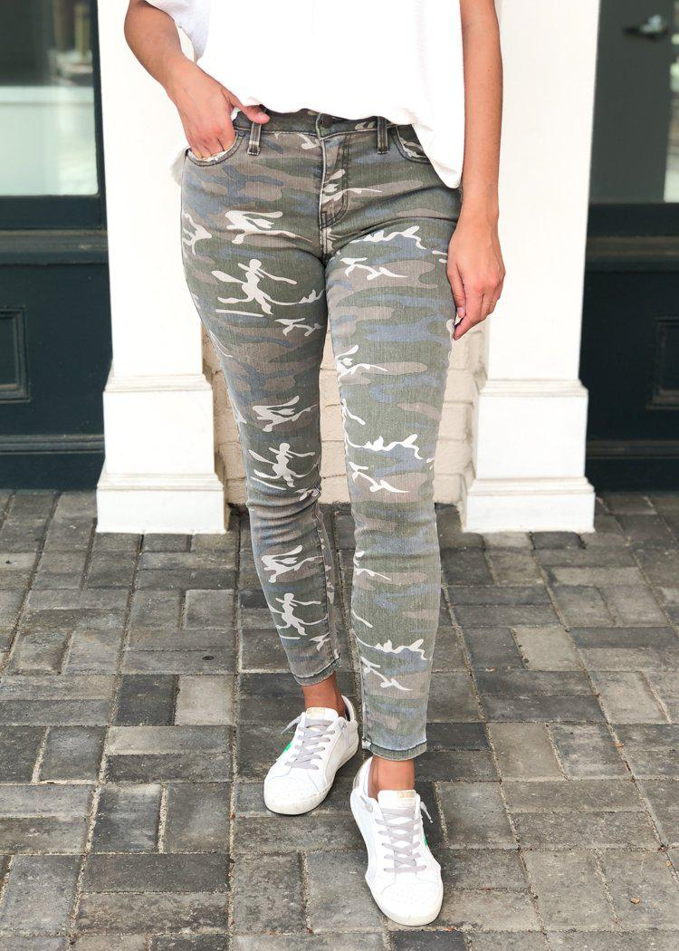 Level 99 Madison Midrise Crop Camo Pants-Hand In Pocket
