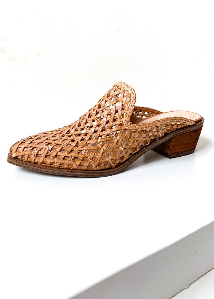 Chinese Laundry Mayflower Natural Woven Mule-Hand In Pocket