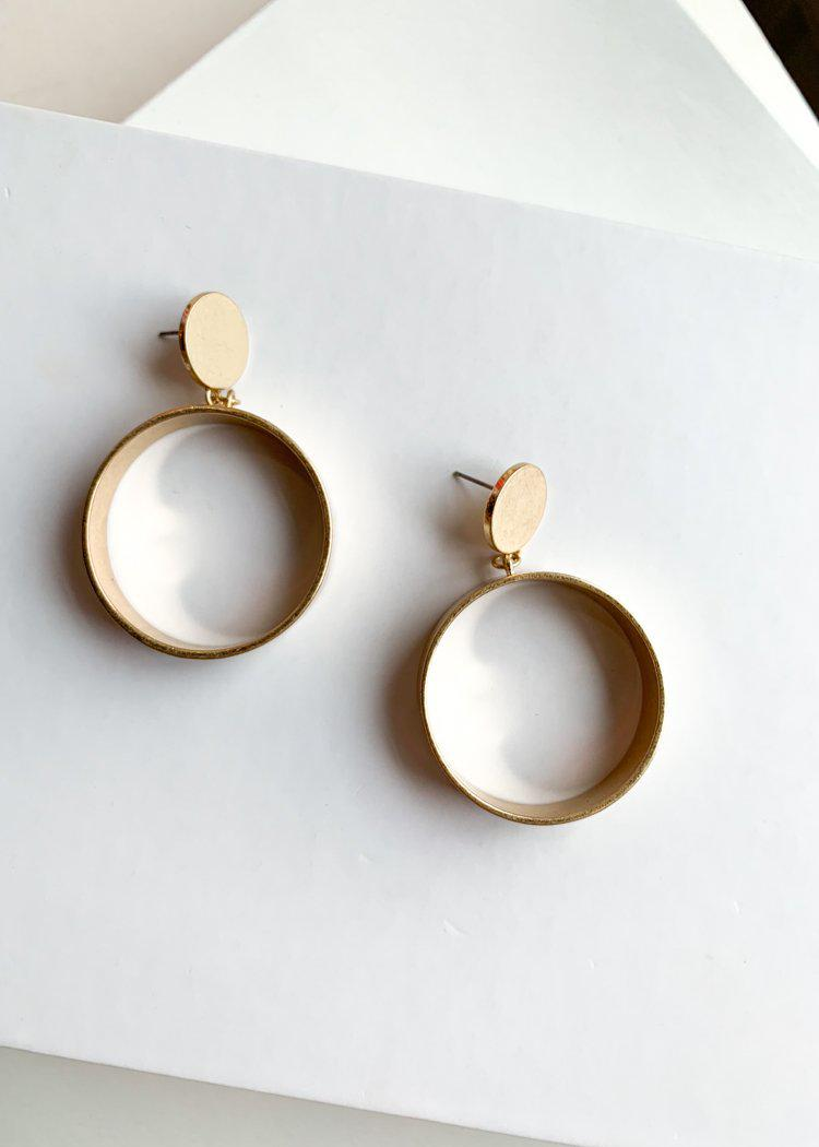 Chaing Mai Chunky Gold Drop Hoops-Hand In Pocket
