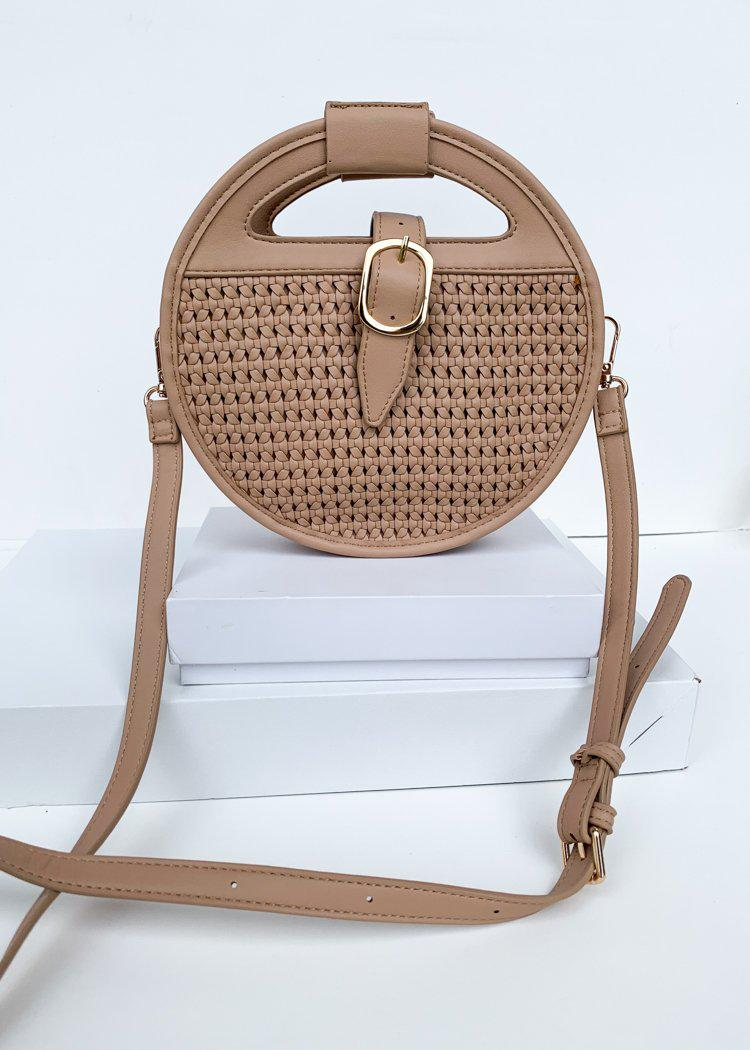 Cece Nude Round Woven Crossbody-Hand In Pocket