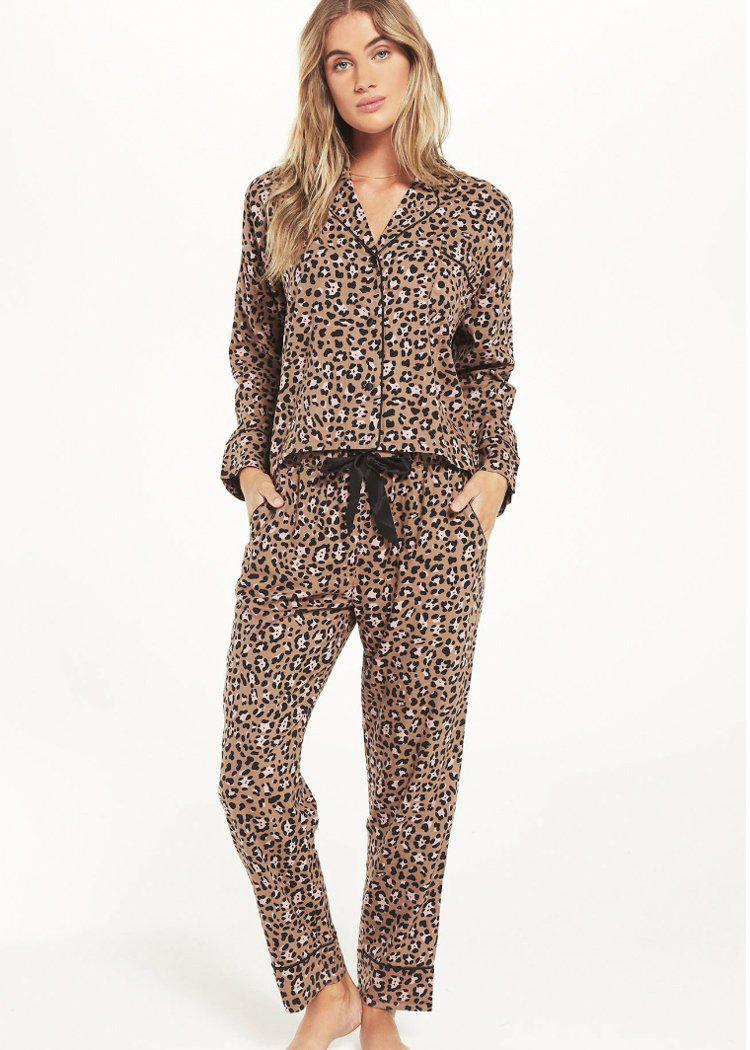 Z Supply Dream State Leo PJ Set - Toast-Hand In Pocket