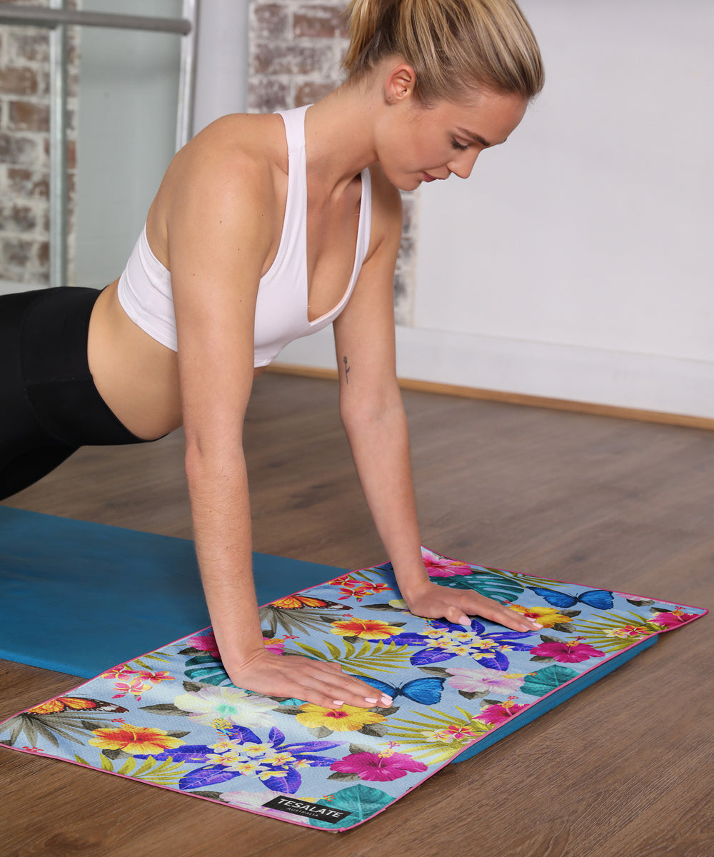 Tesalate In Bloom Workout Towel