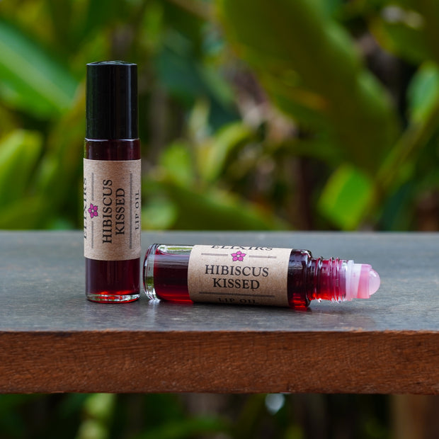 HIBISCUS KISSED Lip Oil 1
