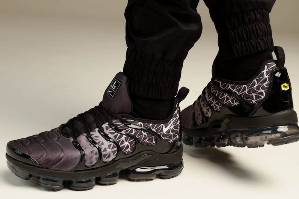 307b2f96c9218 SHOP NOW  Nike Vapormax Plus – Culture Kings NZ