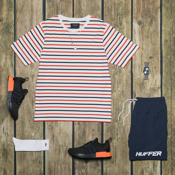 NAUTICAL STRIPE LOOK