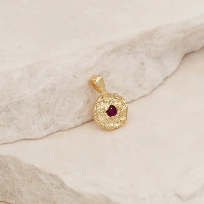 BY CHARLOTTE | GOLD JANUARY BIRTHSTONE PENDANT