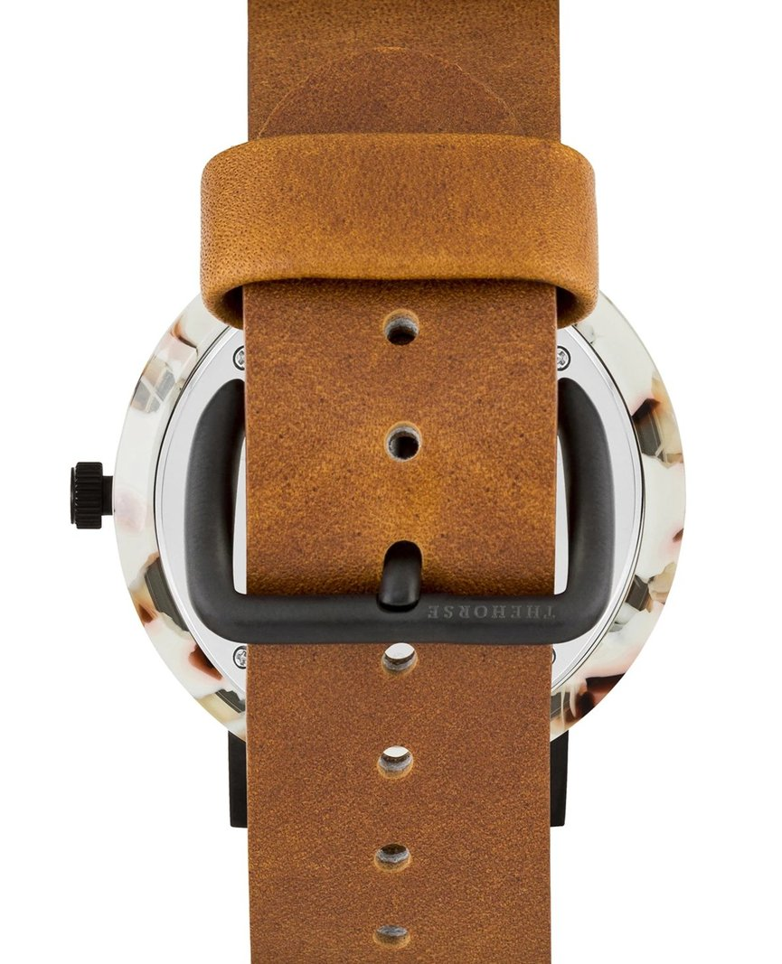 THE HORSE | RESIN - NOUGAT SHELL / WHITE DIAL / TAN BAND