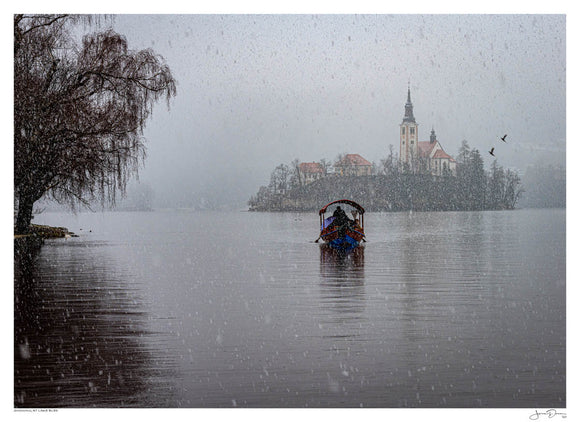 Snowing at Lake Bled