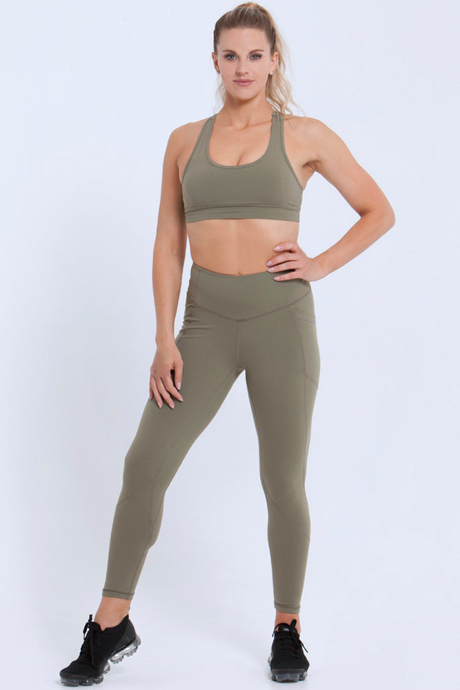 Essentials: Leggings - OLIVE