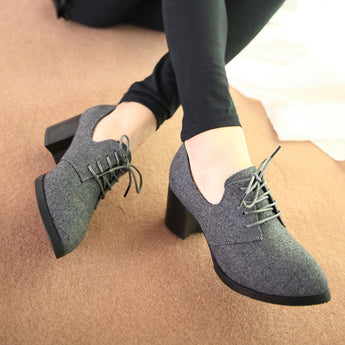 Hot-selling New Spring Women Shoes, Stylish and Comfortable high-heeled shoes, pointed retro lace wild single shoes, work shoes