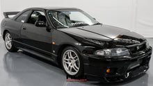 Load image into Gallery viewer, 1995 Nissan Skyline R33 GTR *Reserved*