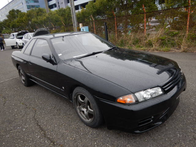 Nissan Skyline R32 GTS4 (Landing May)