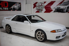 Load image into Gallery viewer, 1992 Nissan Skyline R32 GTS-t Type-M