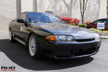 Load image into Gallery viewer, 1990 Nissan R32 Skyline GTST