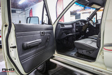 Load image into Gallery viewer, 1991 Toyota Hilux *SOLD*