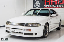 Load image into Gallery viewer, 1993 Nissan Skyline R33 GTS25T.