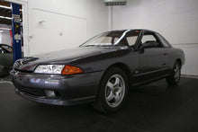 Load image into Gallery viewer, 1992 Nissan R32 Skyline GTS-T