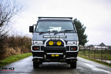 Load image into Gallery viewer, 91 Mitsubishi Delica Turbo diesel *SOLD*