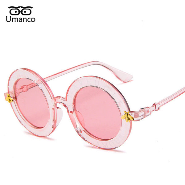 Umanco Fashion Round Sunglasses Women Men Gold Bee Charm Letters Eyewear Vintage Brand Designer Clear Mirror Female Male Goggle