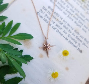 Glimmer Star Necklace - Magick Alchemy