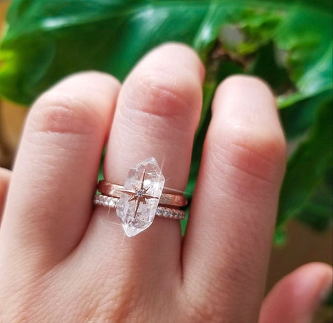 Floating Star Ring