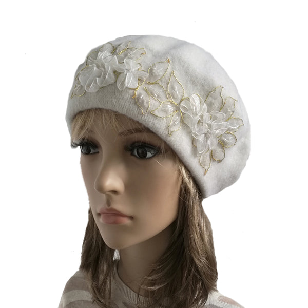 White winter wool beret made of felted wool for women