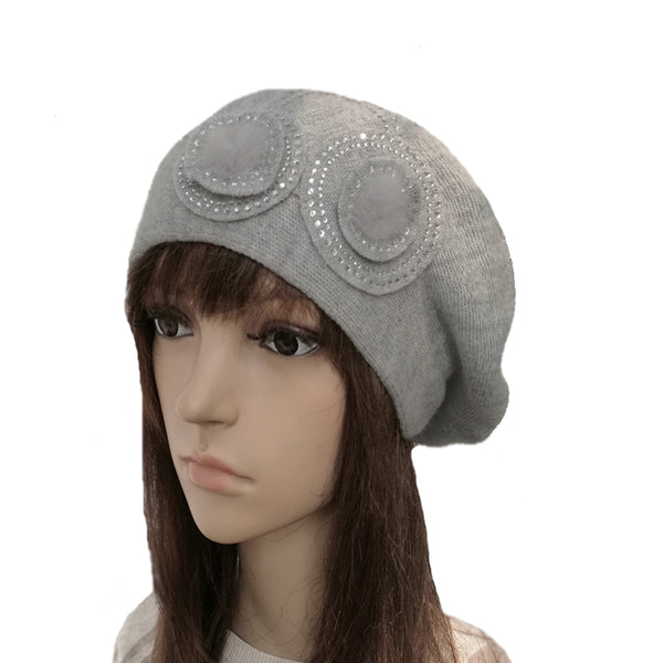 Gray winter women's slouchy beret made of wool bland
