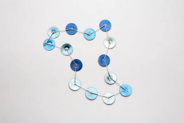 Florescence series blue rounds necklace