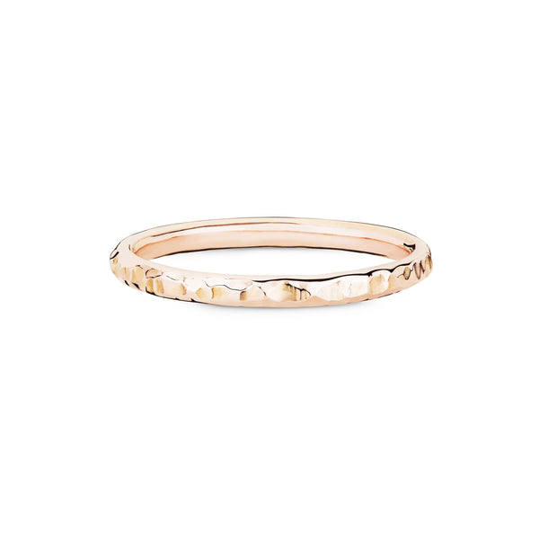 Hammered band, solid gold