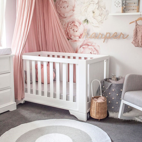 BUNDLE BUY - Nursery Round Crochet Rug + Basket - Light Grey + White