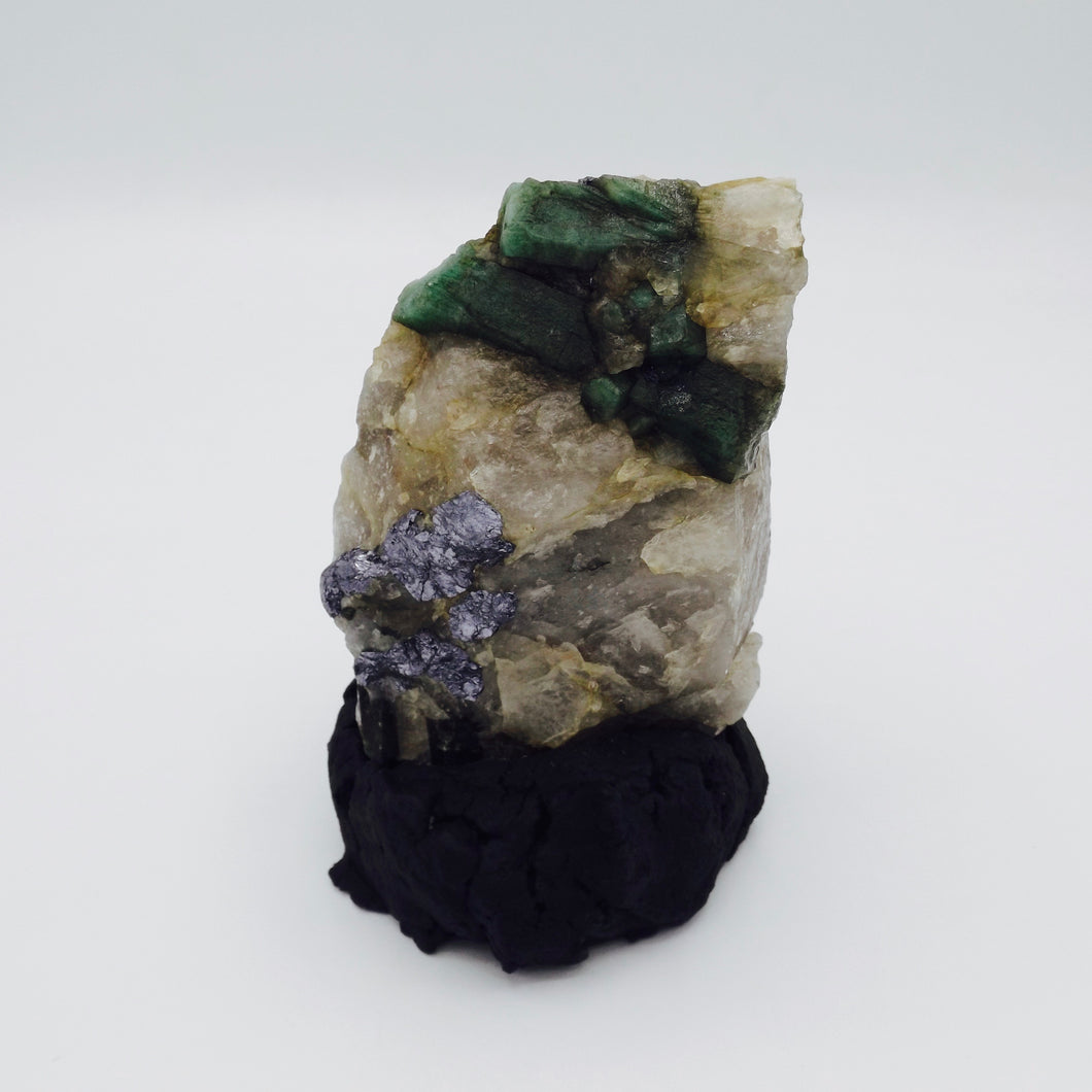 Emerald on Quartz