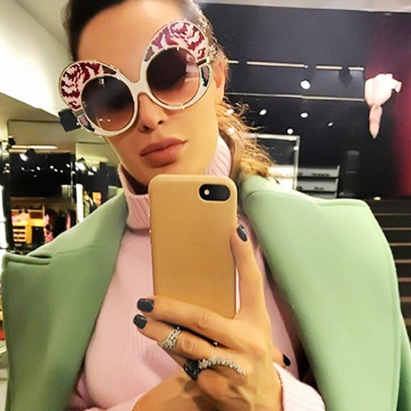 2017 unique Butterfly Big Frame  Sunglasses For Women