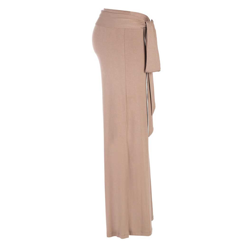 Jholie brown mocca colored ballerina pant with tie at the waist. Side view.