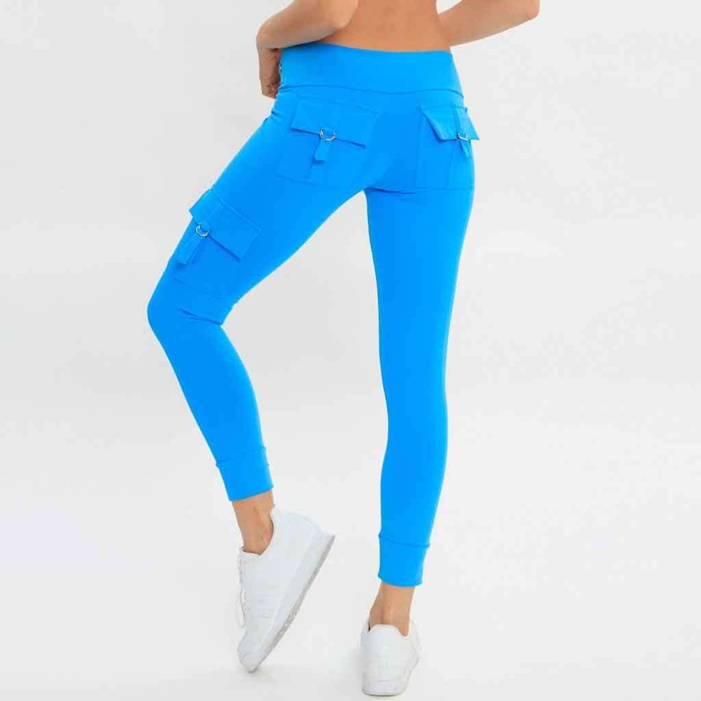 Bluefish Sport Cargo Legging in turquoise with pockets.