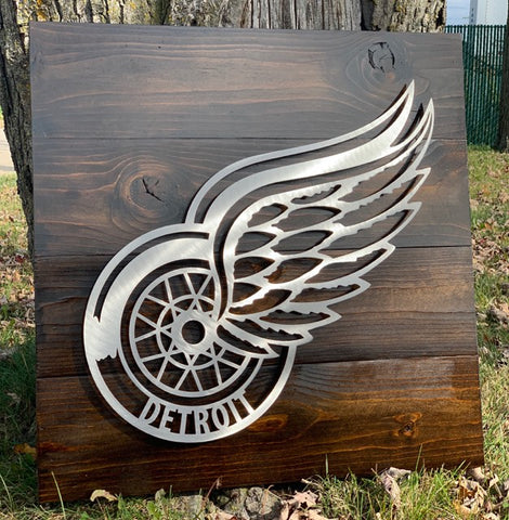 Red Wings on Wood