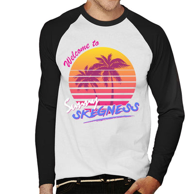 Welcome To Sunny Skegness Men's Baseball Long Sleeved T-Shirt - coto7