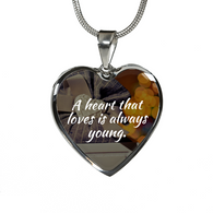 Heart That Love Necklace