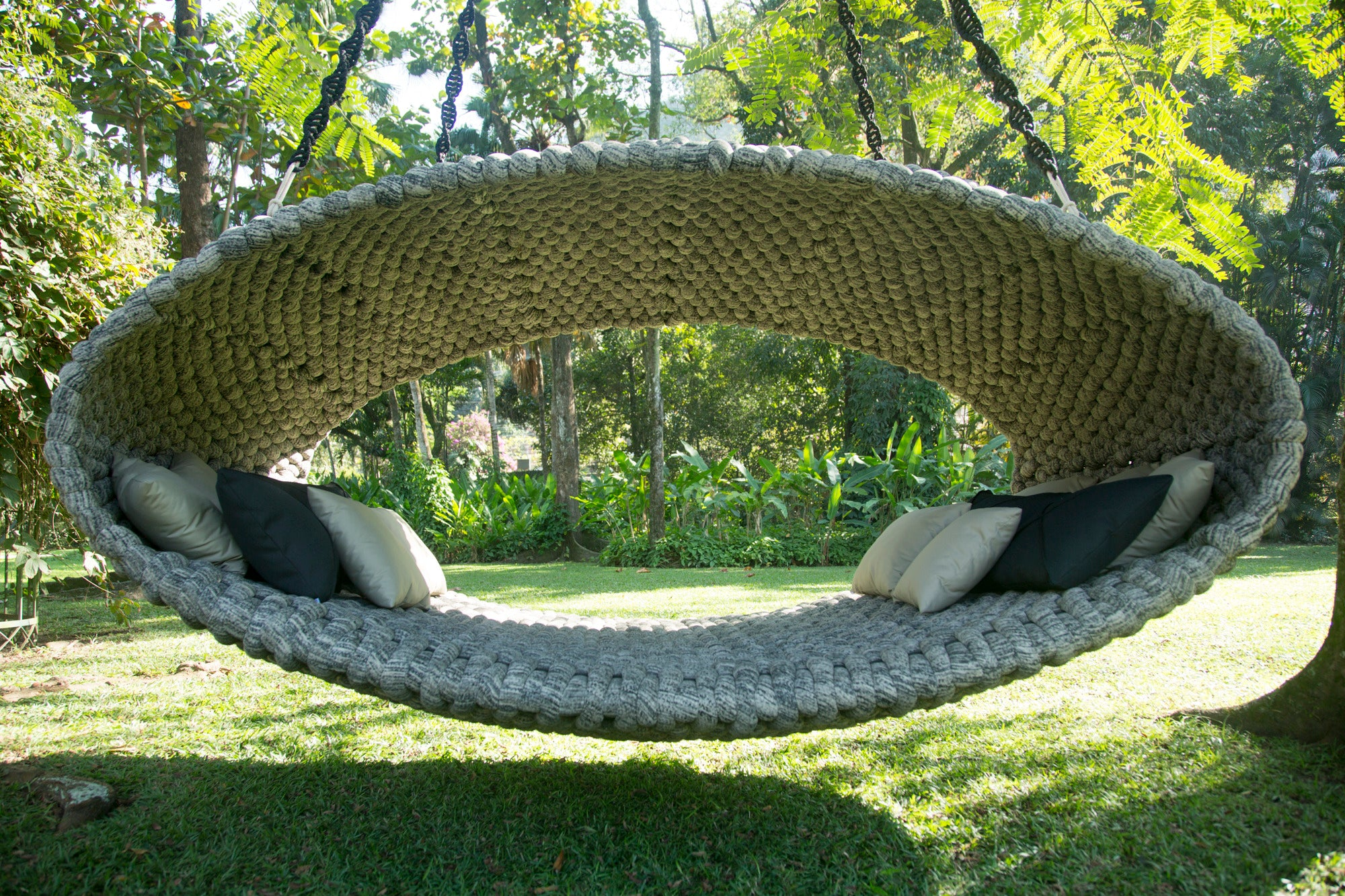 Casulo day bed by Indio da Costa - Kelly Christian Designs