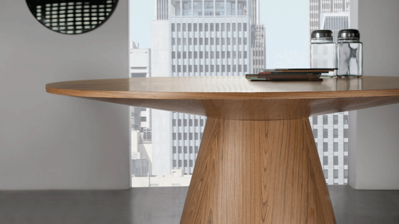 Eclipse dining table by Marcelo Ligieri - Kelly Christian Designs