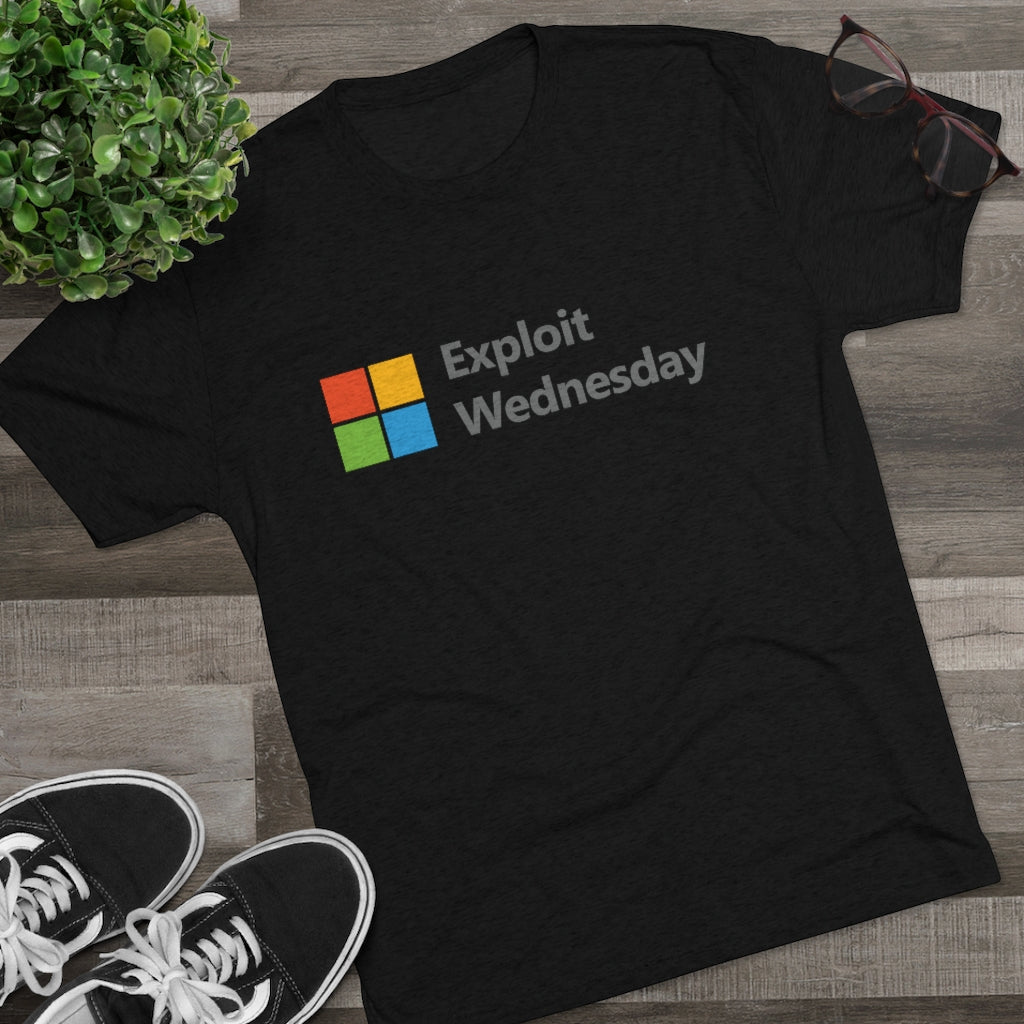 Exploit Wednesday (Men's T-Shirt)