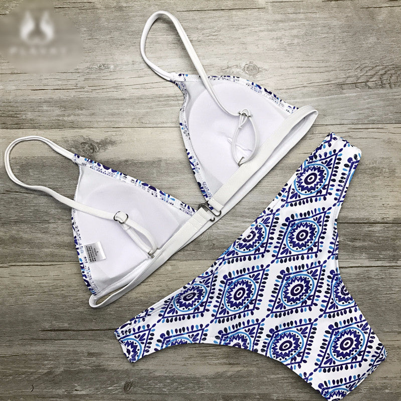 Floral Halter pattern Thong Biquini Swimsuit