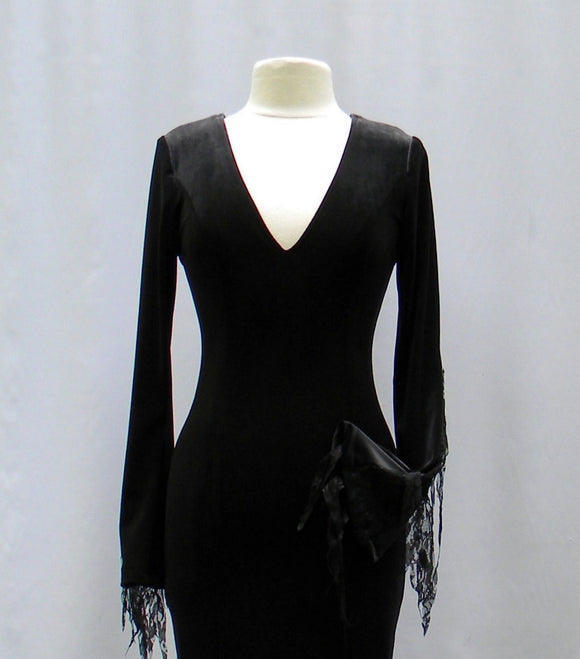 Morticia Dress In Velvet And Lace