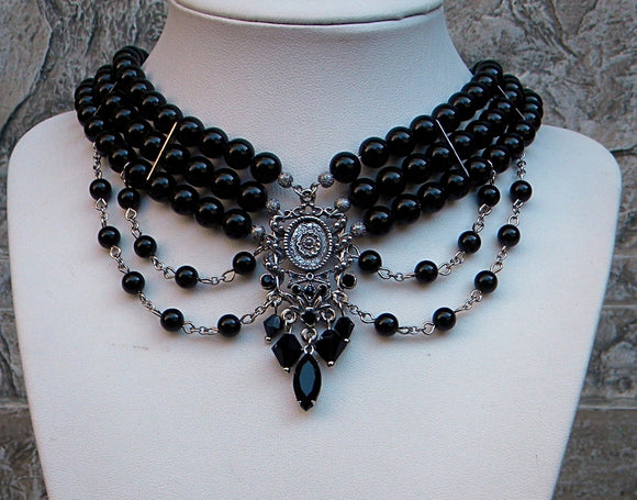Renaissance black choker necklace